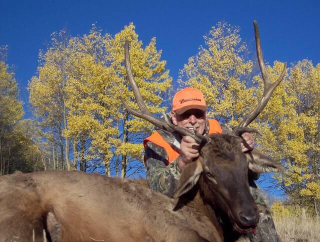 Elk 2004  Mountain Meadows Ranch