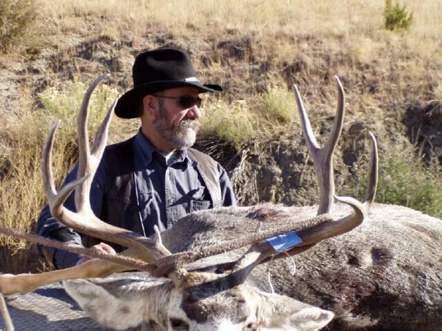 Deer 2004 Unit 69/84