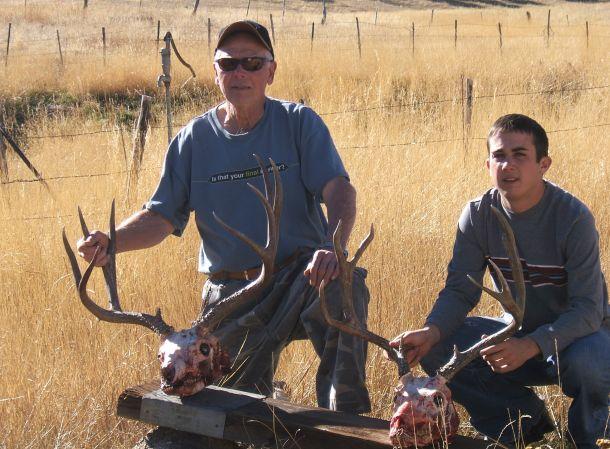 Joe and Max's buck 2007